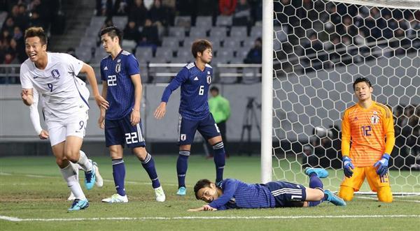 前線からのプレスと奪った後の縦に早いサッカーは日本に合っていない?